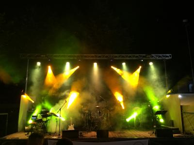Live-8